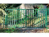 Steel VS. Aluminum Fence: What Should You Offer Your Customers?